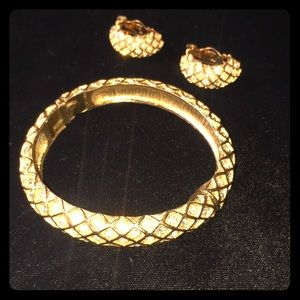 Fiorenza Bracelet & Clip On Earrings Set
